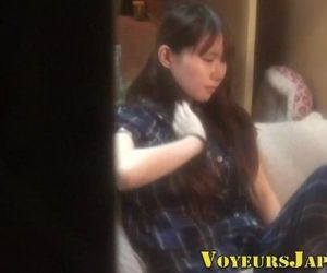 Japanese teen solo toying - 8 min